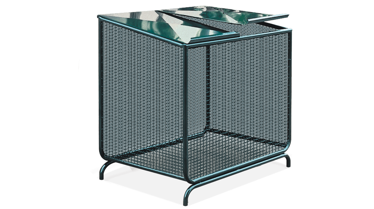 Container for waste collection, metal with side walls in metal mesh.